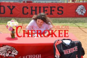Gaby Solis signs to play college softball